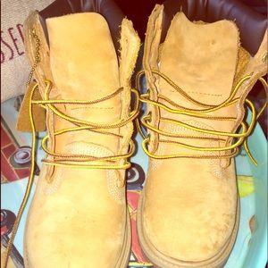Girls timberlands
